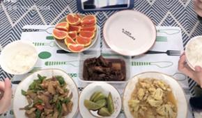 網友記錄溫馨二人食